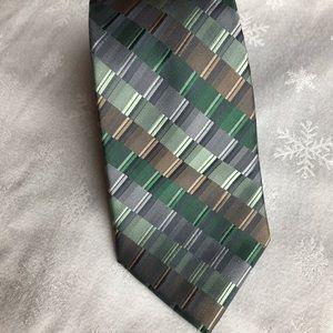 Extra long tie